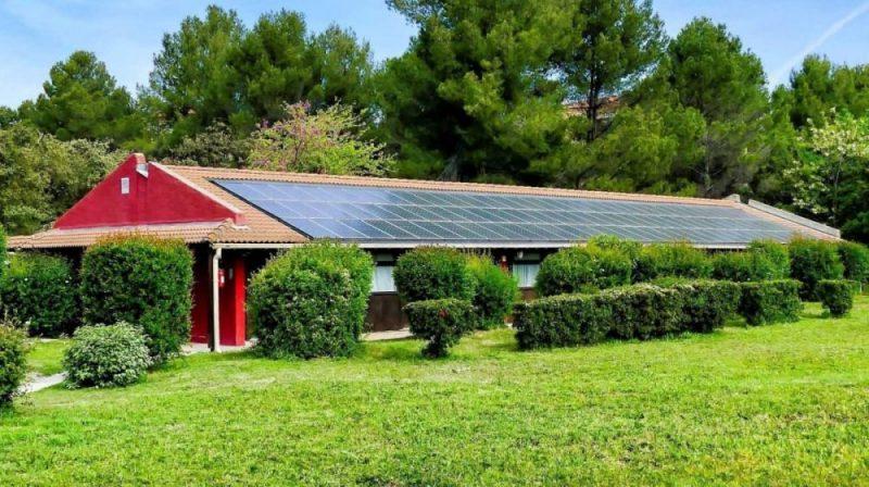 instalacion fotovoltaica en casa aislada placas solares