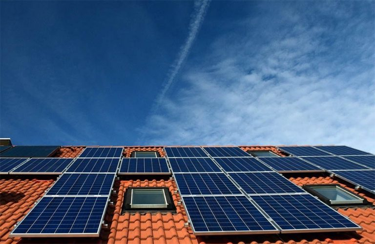 como funcionan los paneles solares fotovoltaicos