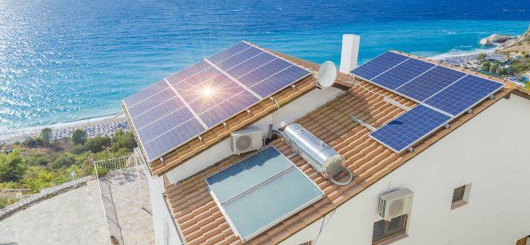 paneles solares con baterias o sin baterias